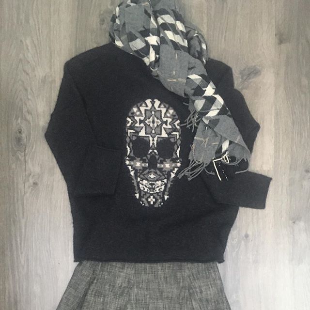 2_time_couture - 360 Cashmere Skull Sweater. Size Small.