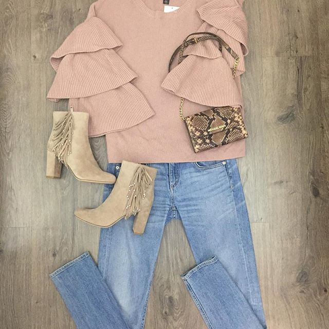 2_time_couture - Going out this weekend? This outfit has your name on it! Shop it online or come by the store today!  Halogen sweater, size M,
