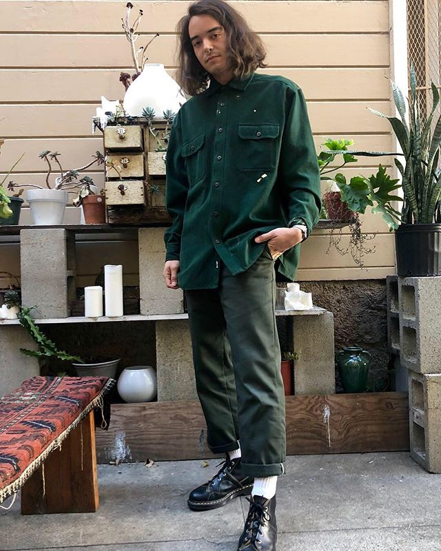 ReLove  -  Vintage Levi's trade mark button down. Dark emerald green long sleeve lined on the inside.