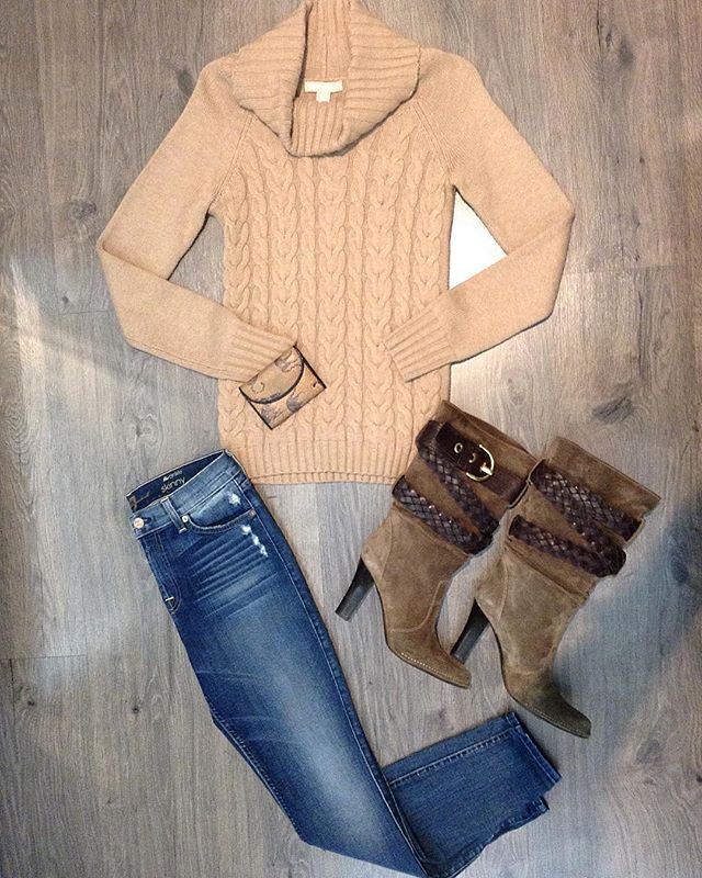 2_time_couture - 63700Just trying to stay warm and stylish🔥✨ Banana Republic sweater, size XS.