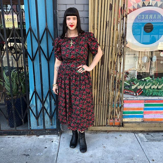 """VACATION - Drop-waist 80's rose 🌹 print dress. Made of thin flowy rayon  and buttons all the way up the back 😮 Marked size 8, 38"""" bust, 30"""" waist."""