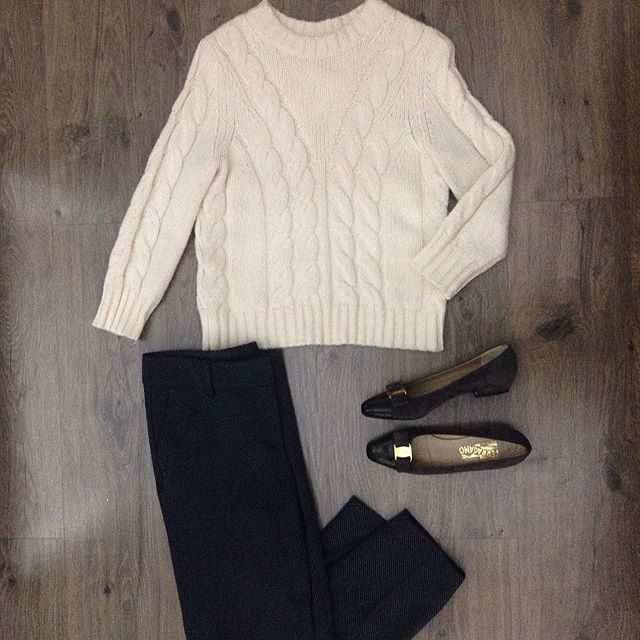 2_time_couture - A true Classic look💋  #6234 Taylor Sweater, Size M.