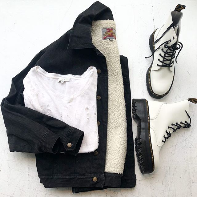 ReLove  - SHIRT: IRO distressed linen short sleeve.