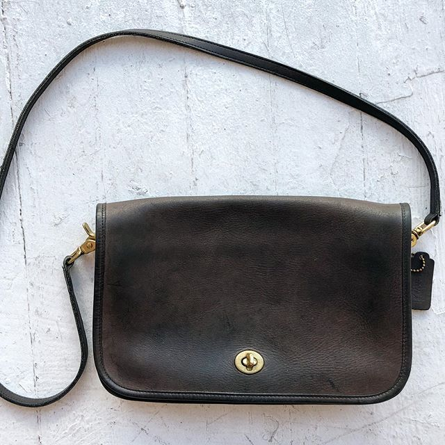 "VACATION - Early 80's soft dark brown leather #coach cross body bag. Practical sized 11"" x 7"" x 3"" with a 42"" removable leather strap. Classic brass hardware. A total of four pockets. Made in 🇺🇸."