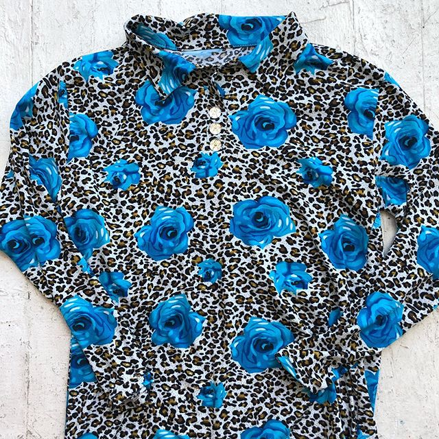 VACATION - *Special listing* super cute leopard with blue roses shirt