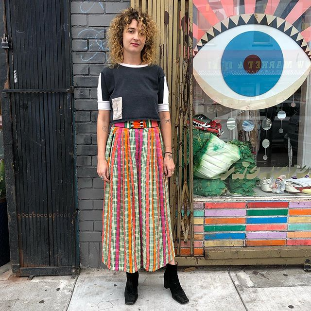 """VACATION - These amazing gaucho pants with a fun plaid print are in perf condition. 100% Rayon. Waist: 28"""" Hips: 42"""" Length: 36"""""""