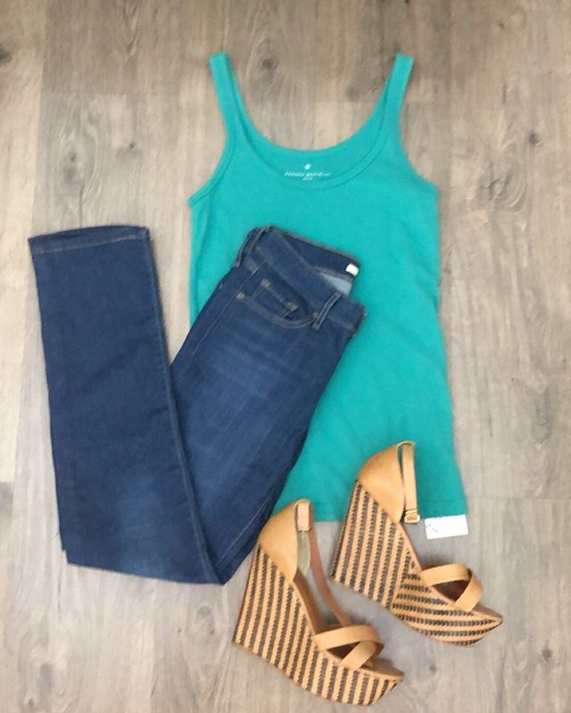 2_time_couture - with 25% off, Pour Le Victoire Wedges Size 9
