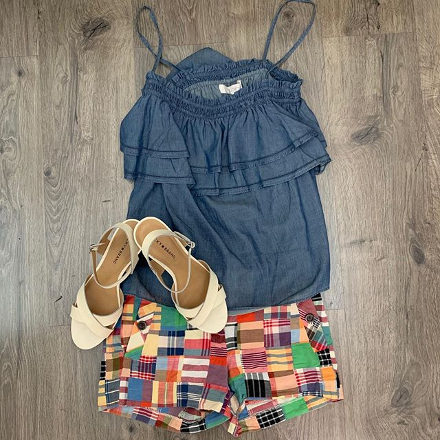 2_time_couture - J Crew shorts, size 0, 50% off 29.99 Ann Taylor Loft tank, size M, 50% off