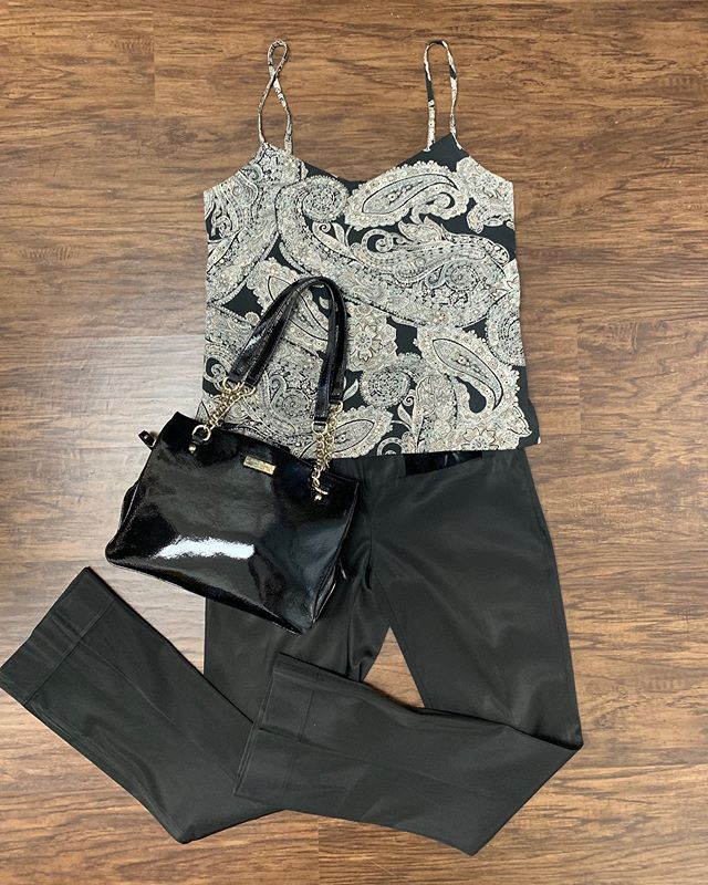 2_time_couture - Gucci and Kate Spade?! What a slick night out look! 😍💋🔥 Item 7451 Gucci pants, size 42/4/6, 50% off at
