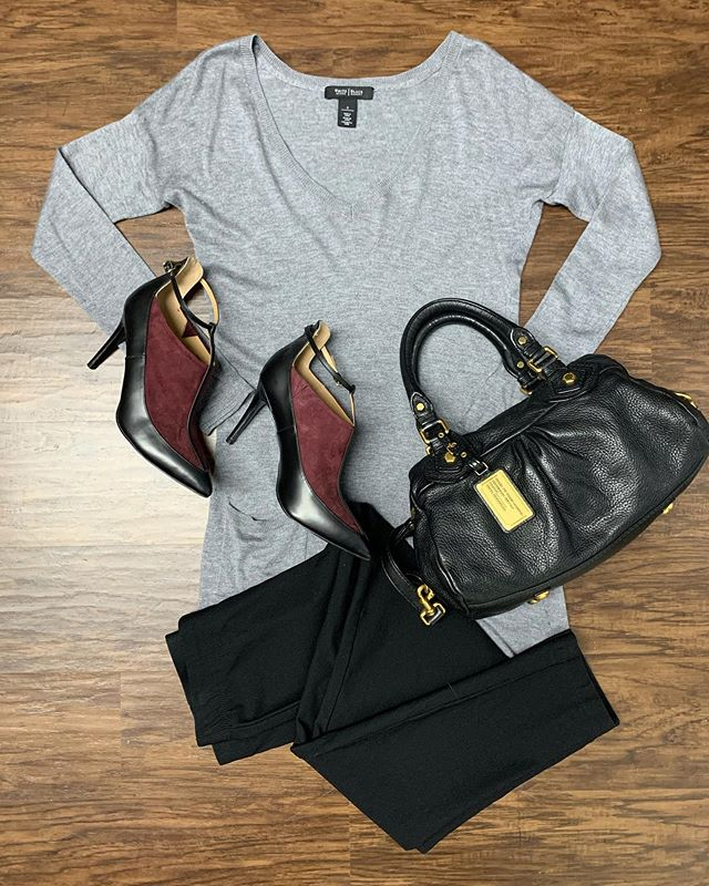 2_time_couture - TGIF!!!! We have the weekend styles covered, come by and see us Saturday or Sunday 10:30-3:30pm! 🛍👜💋 Item 9191 Black House White Market tunic, size S,