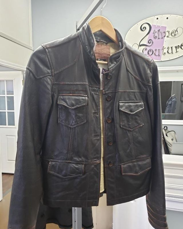 2_time_couture - !  Sanctuary Brown Leather Jacket. Size M/L.