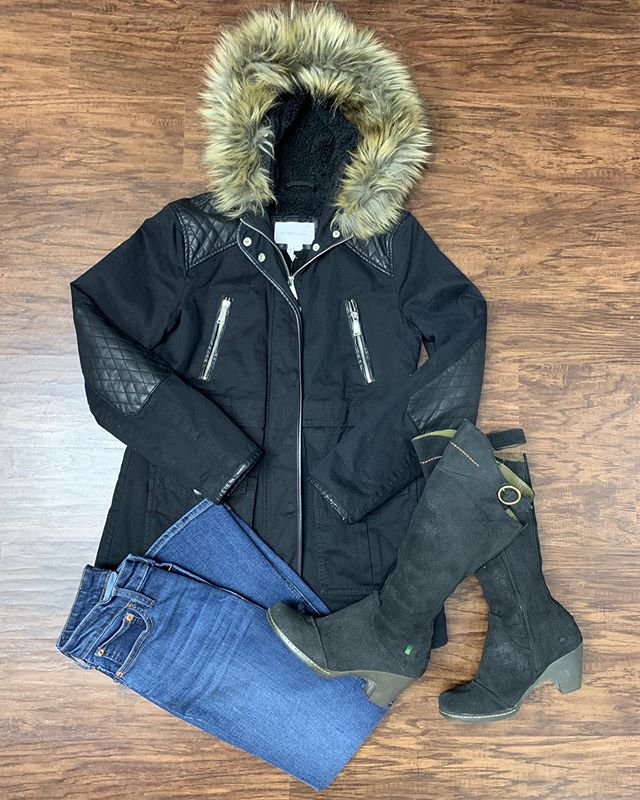 2_time_couture - Baby it's cold outside!!! ❄️❄️Wishing our fashionistas a safe and wonderful Thanksgiving! 🦃We will be closed tomorrow, but resume normal business hours on Friday! Come out some of our AMAZING deals! 🛍😊 Item 9239 BCBGeneration jacket, size M,