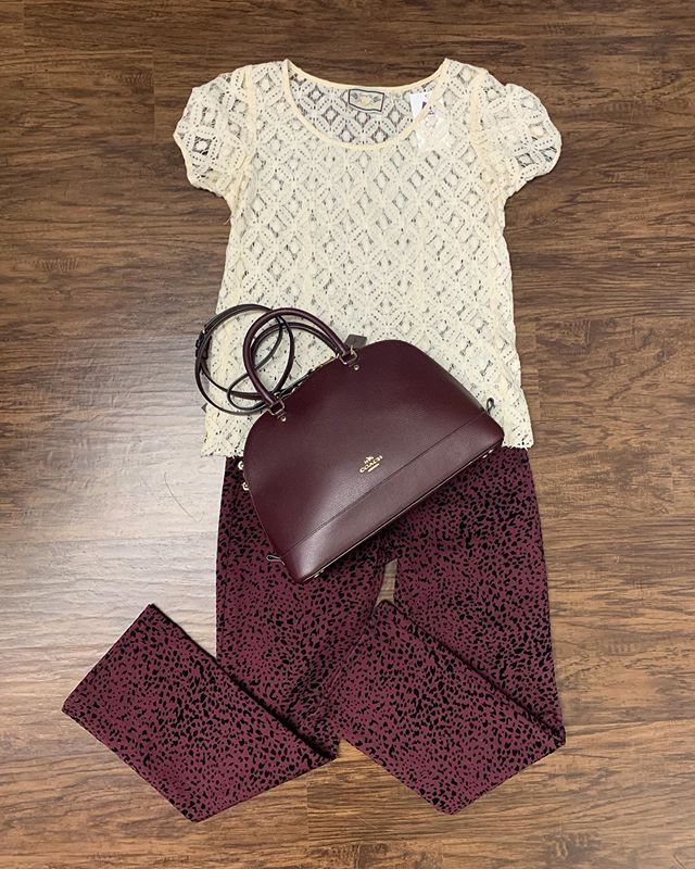 2_time_couture - Happy hump day fashionistas! Animal print Jeans? Yes please! ❤️👜🛍 Item 9613 Anthropologie Lace Tee, size S, 25% off at