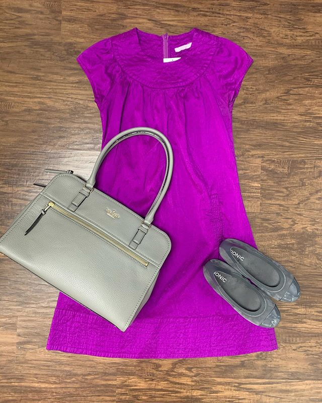 2_time_couture - This simple but sweet look is sure to make a bold statement this spring, and all at a discount! 😍🌹🛍 Item 9493 Calypso washable silk dress, size S, 25% off at