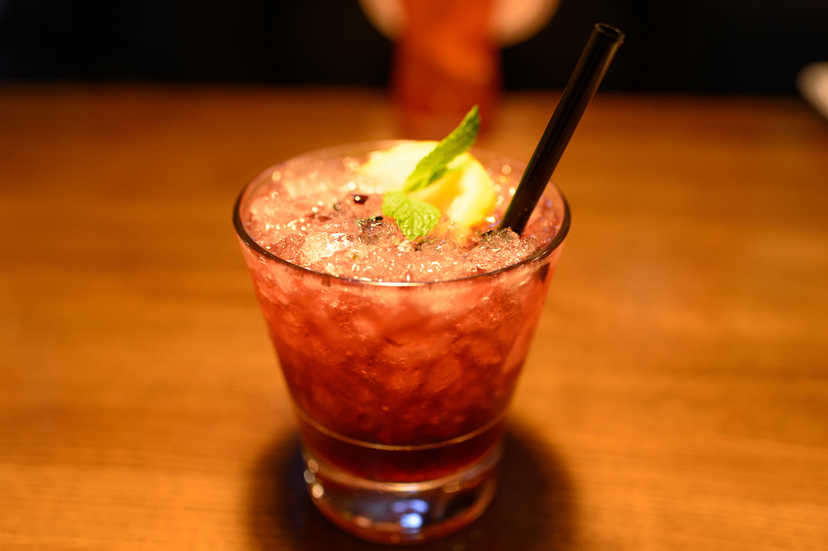Muddled Drinks: Blackberry Smash