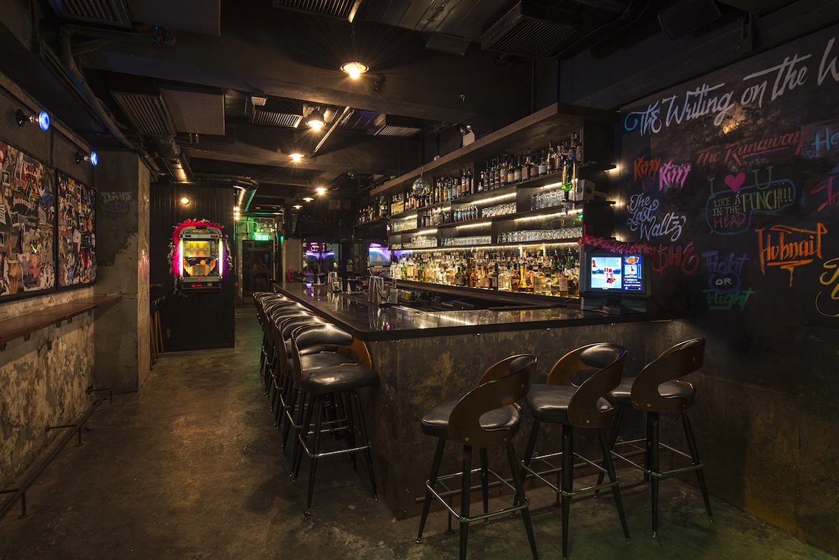 Hong Kong Bars: The Pontiac