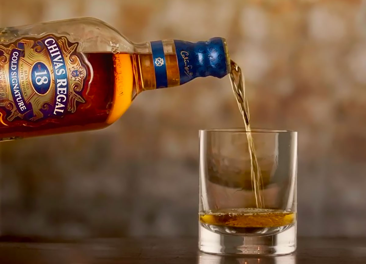 Blended Whiskey: Chivas Regal 18 Year