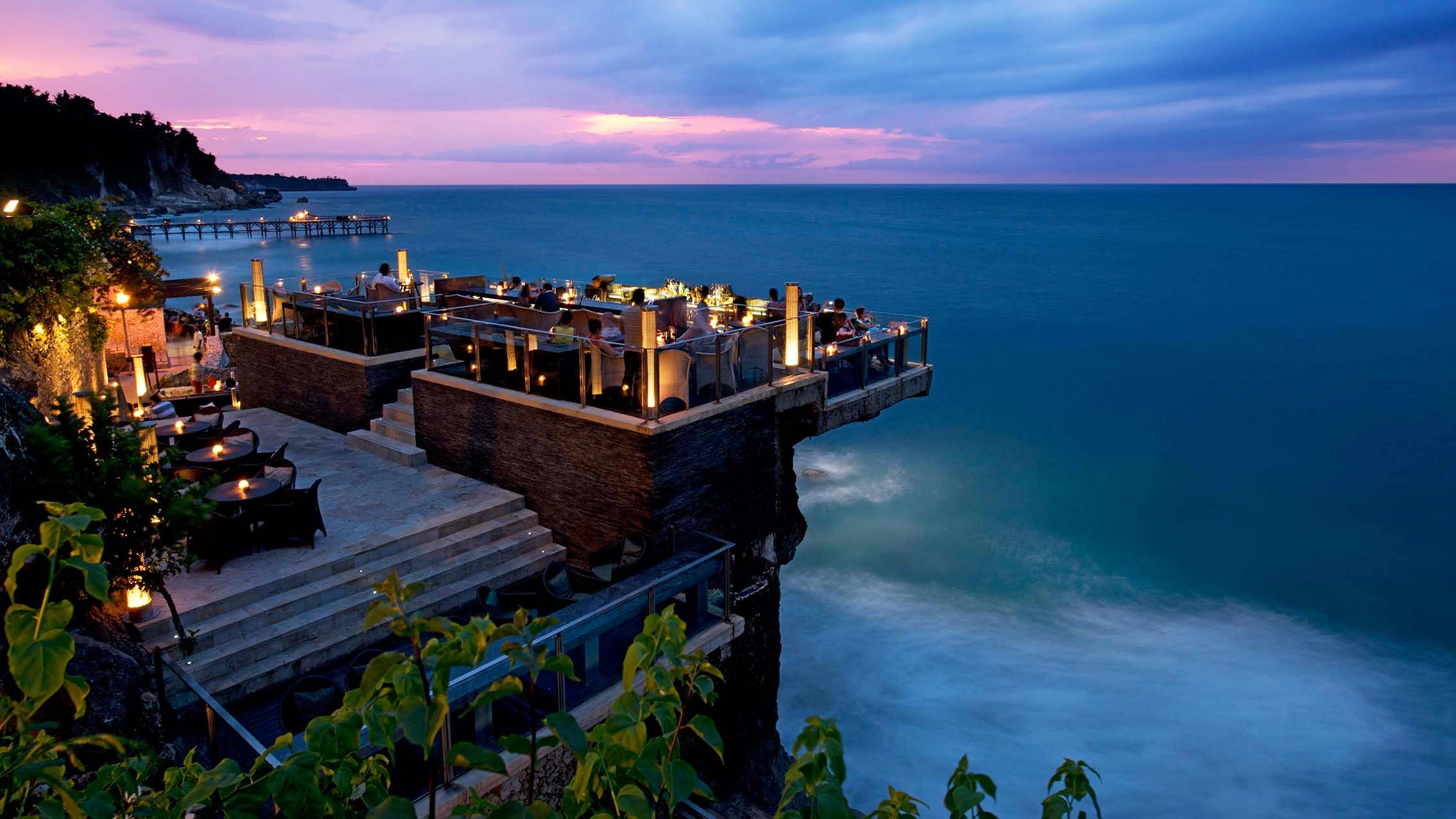 Best Hotel Bars: Rock Bar Bali
