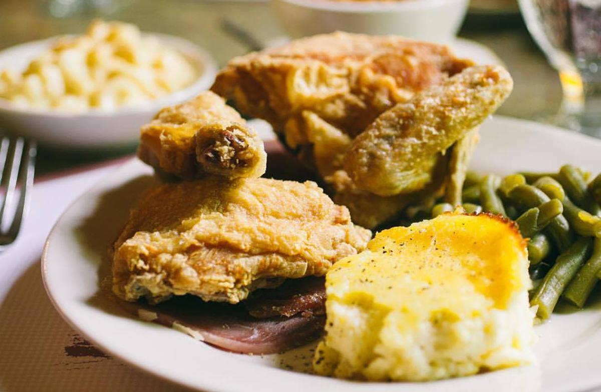 Kentucky Bourbon Trail Food: Beaumont Inn