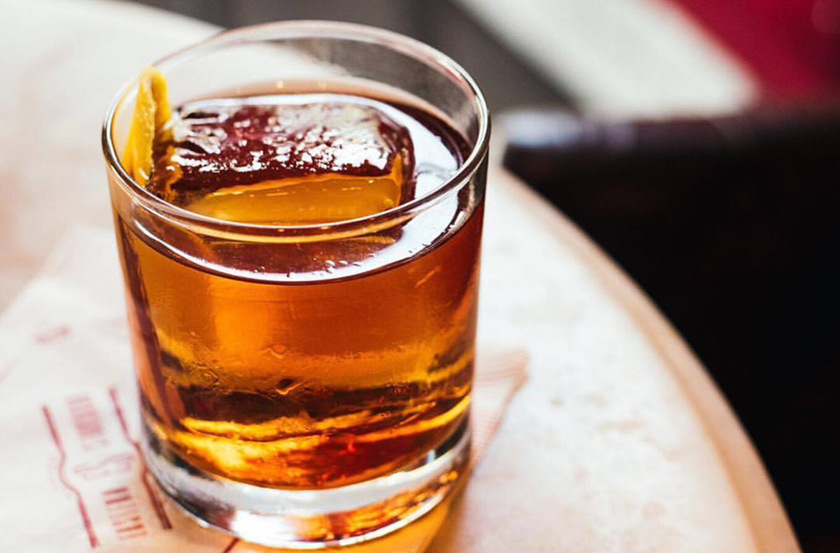 Single Barrel Bars: An old fashioned at Eastern Standard