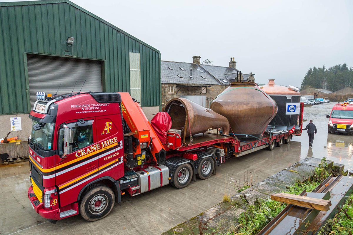 Ardnahoe Distillery: Stills on their way to Islay