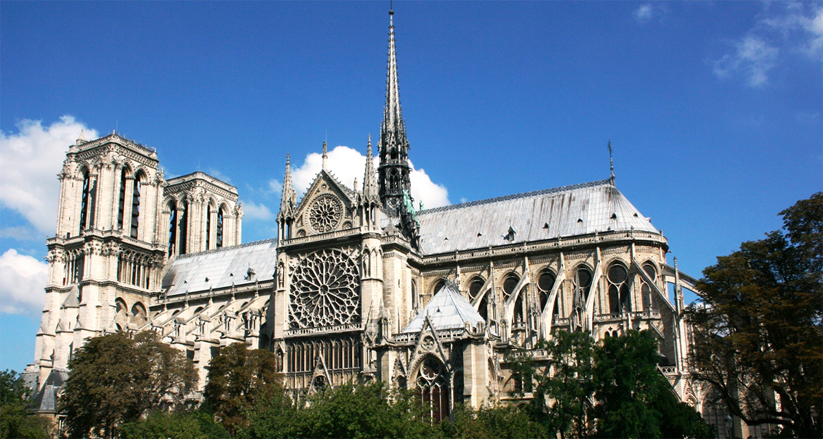 LVMH Pledges €200 mil to Notre Dame Reconstruction