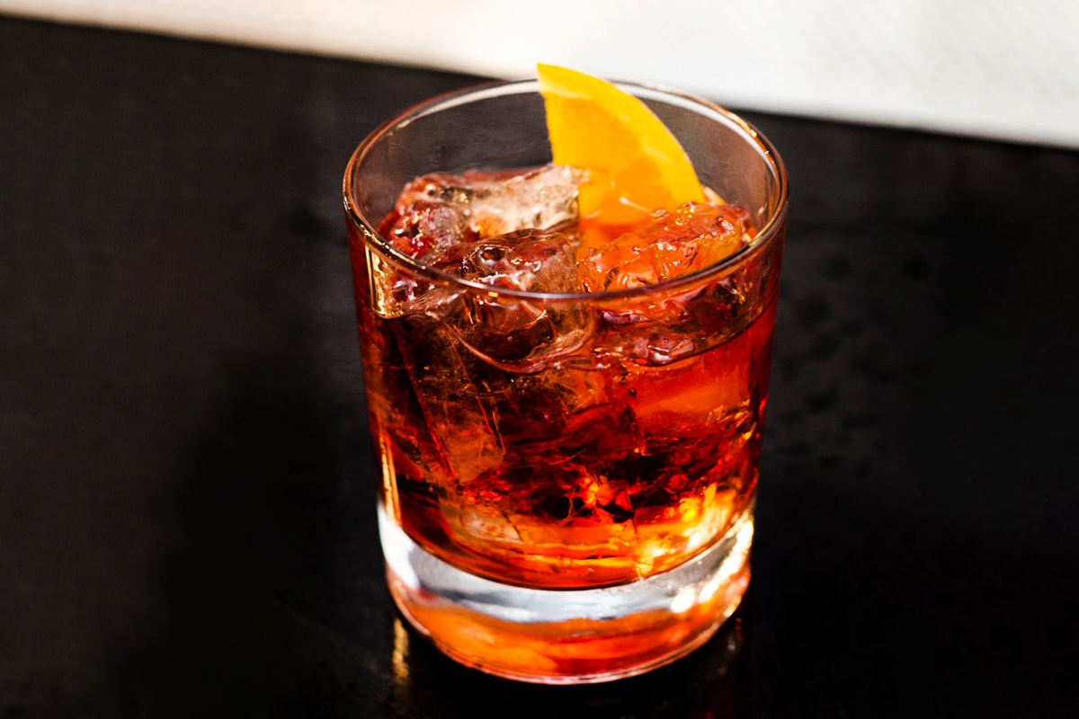 Perfect Negroni: A Negroni cocktail