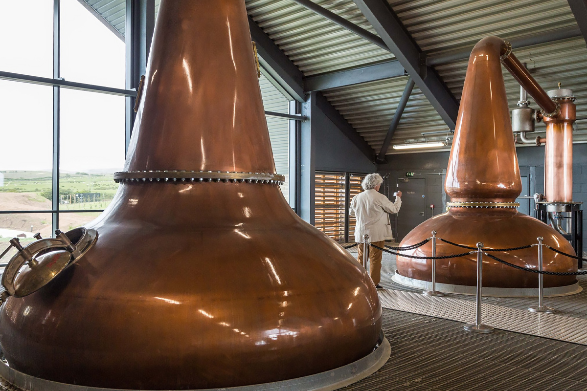 Pot Still Distillation: The stills at Lagg Distillery