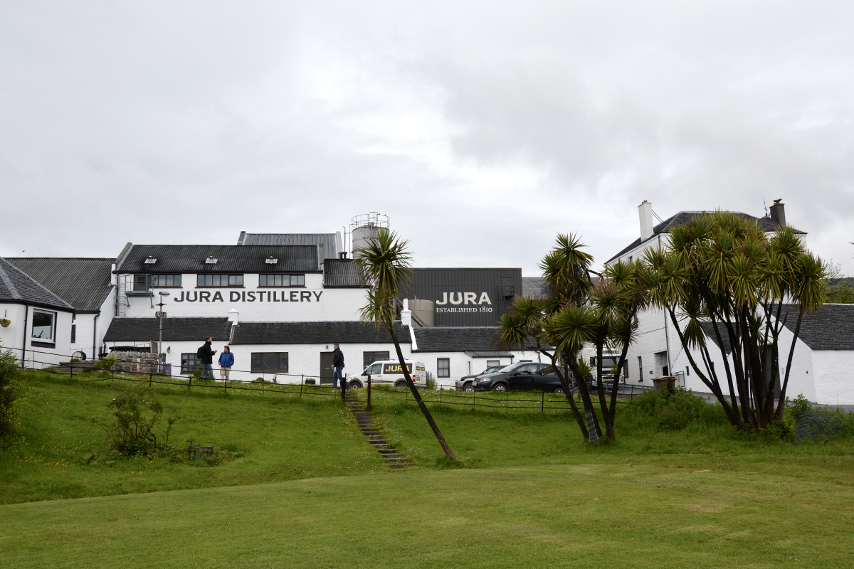 Best Scottish Distillery Tours: Jura Distillery