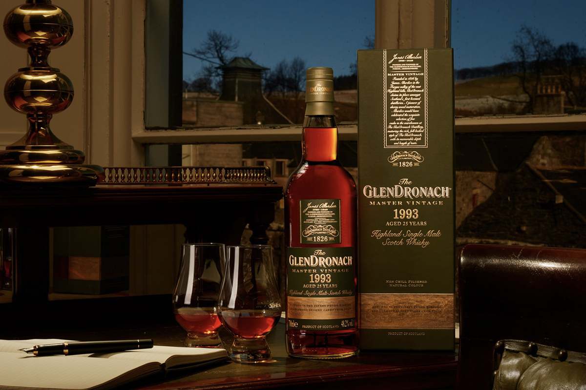 Scotch Whisky Gift Guide: Glendronach Master Vintage 1993 25 Year