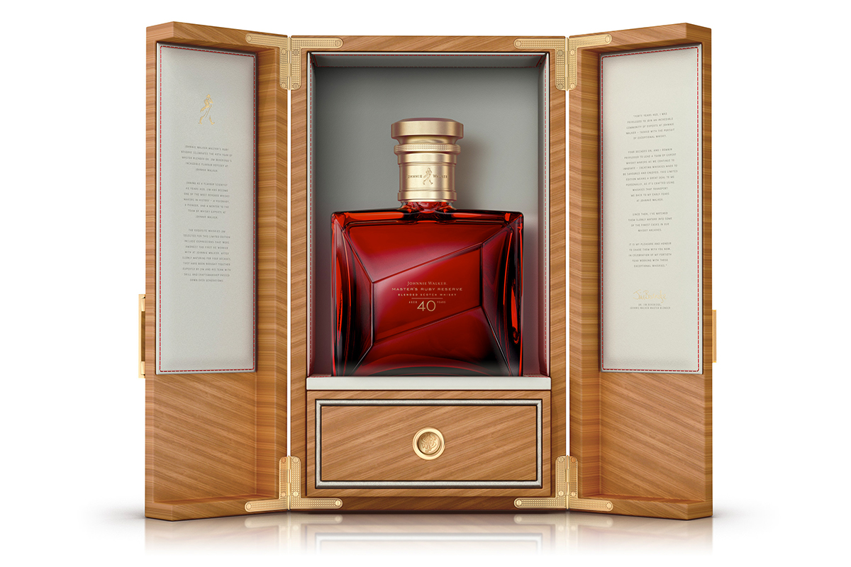 Johnnie Walker Master's Ruby Reserve 40 Year