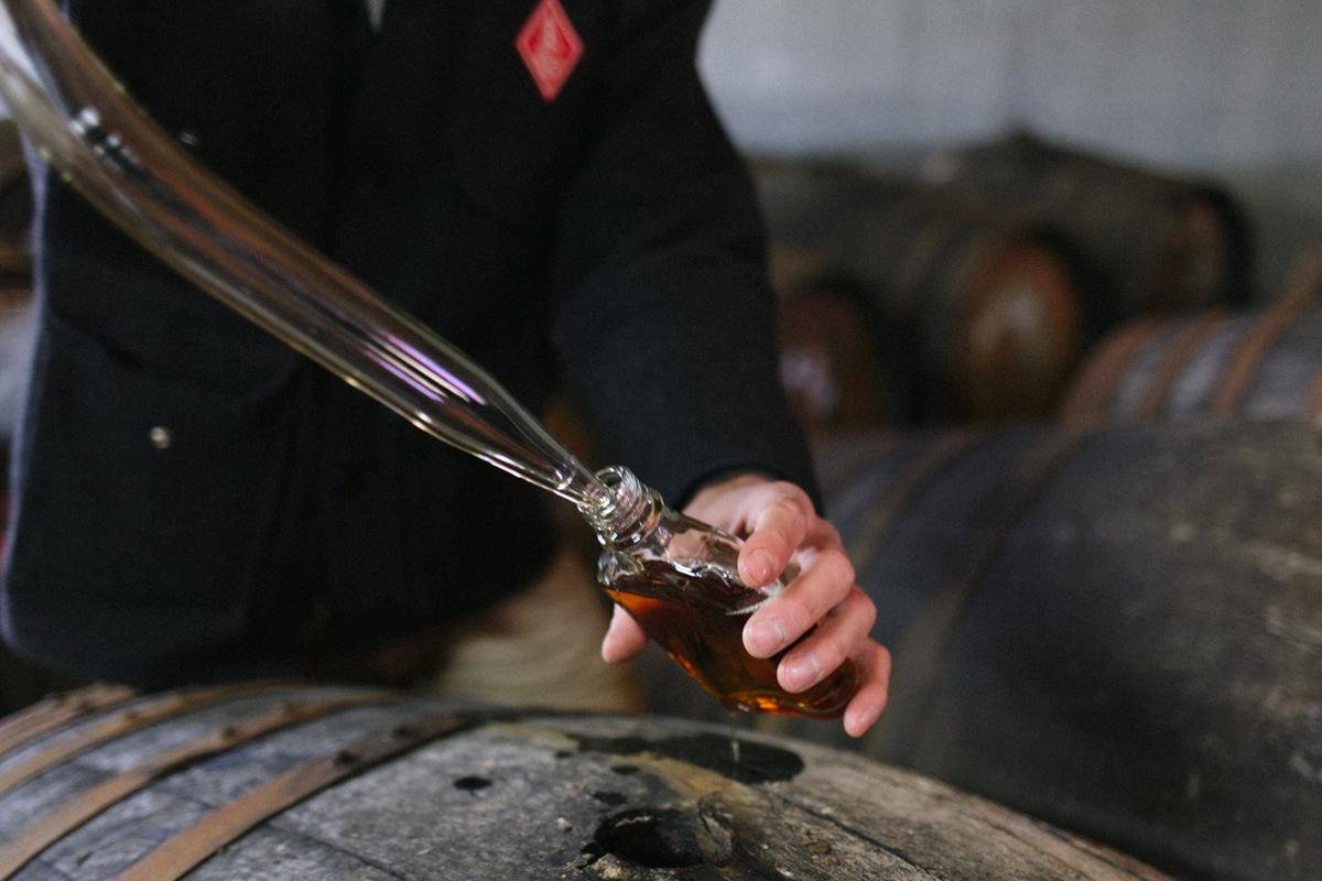 Lew Bryson: Filling samples at Westland Distillery