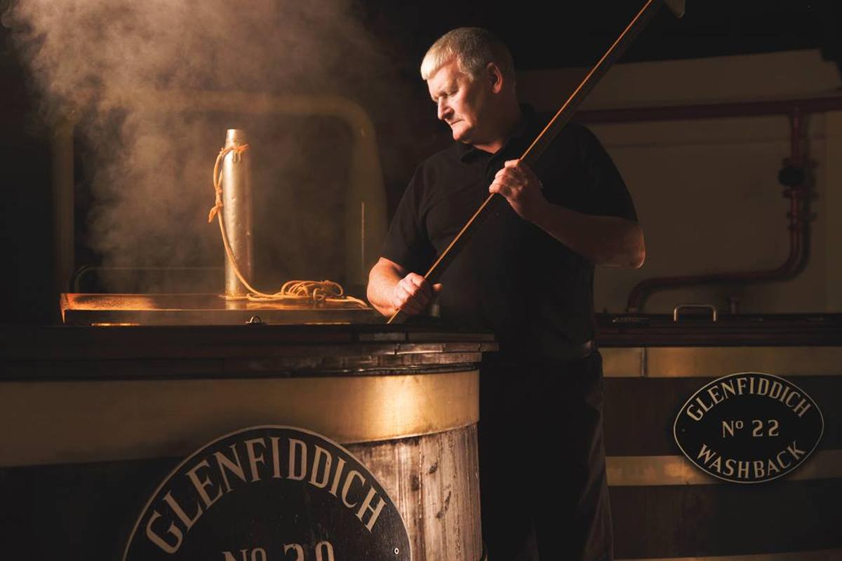 virtual whiskey: the fermentation tanks at glenfiddich