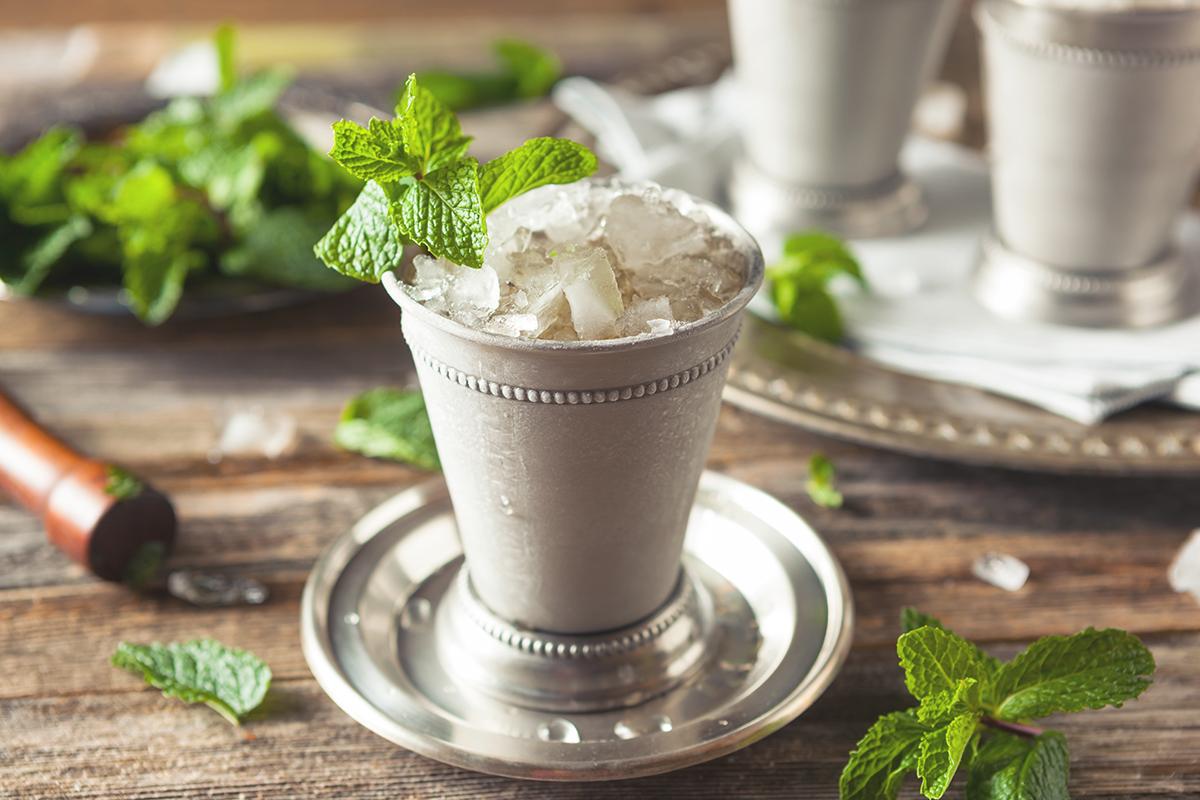 world cocktail: Mint Julep