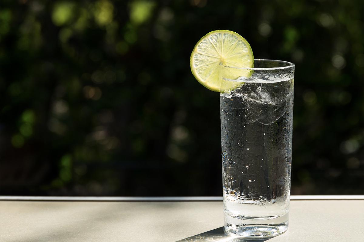 world cocktail: Gin Rickey
