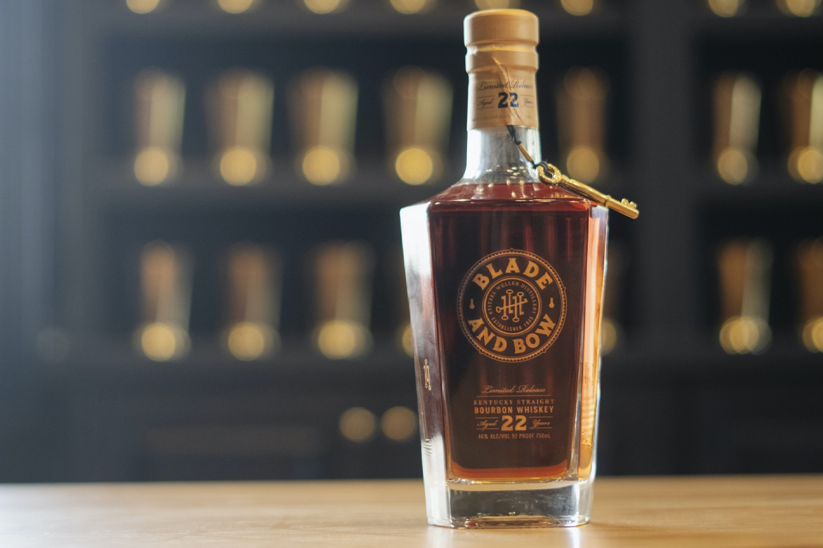 Four Roses 2020 Limited Edition: Blade and Bow Bourbon 22 Year