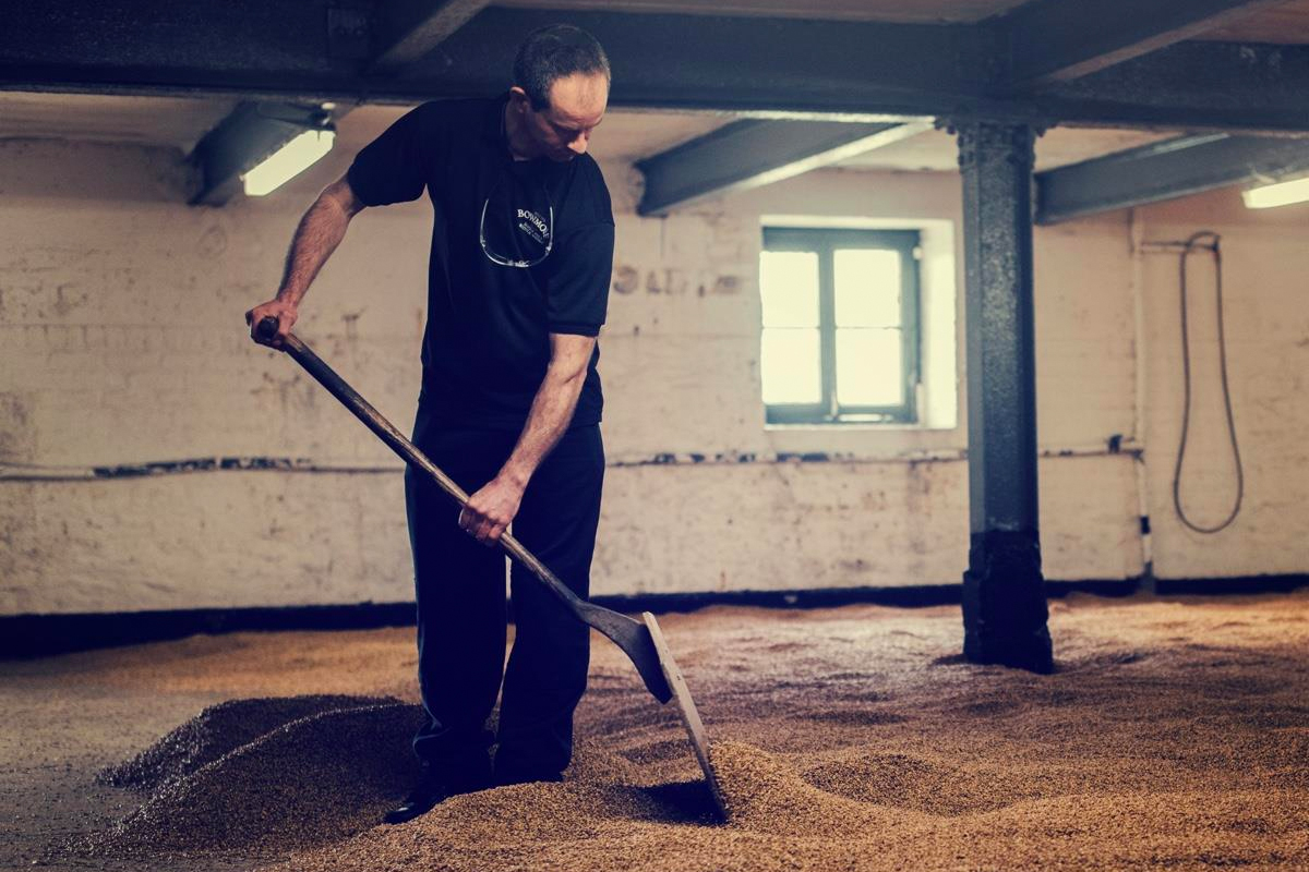 Bowmore Distillery Manager: Malting floor