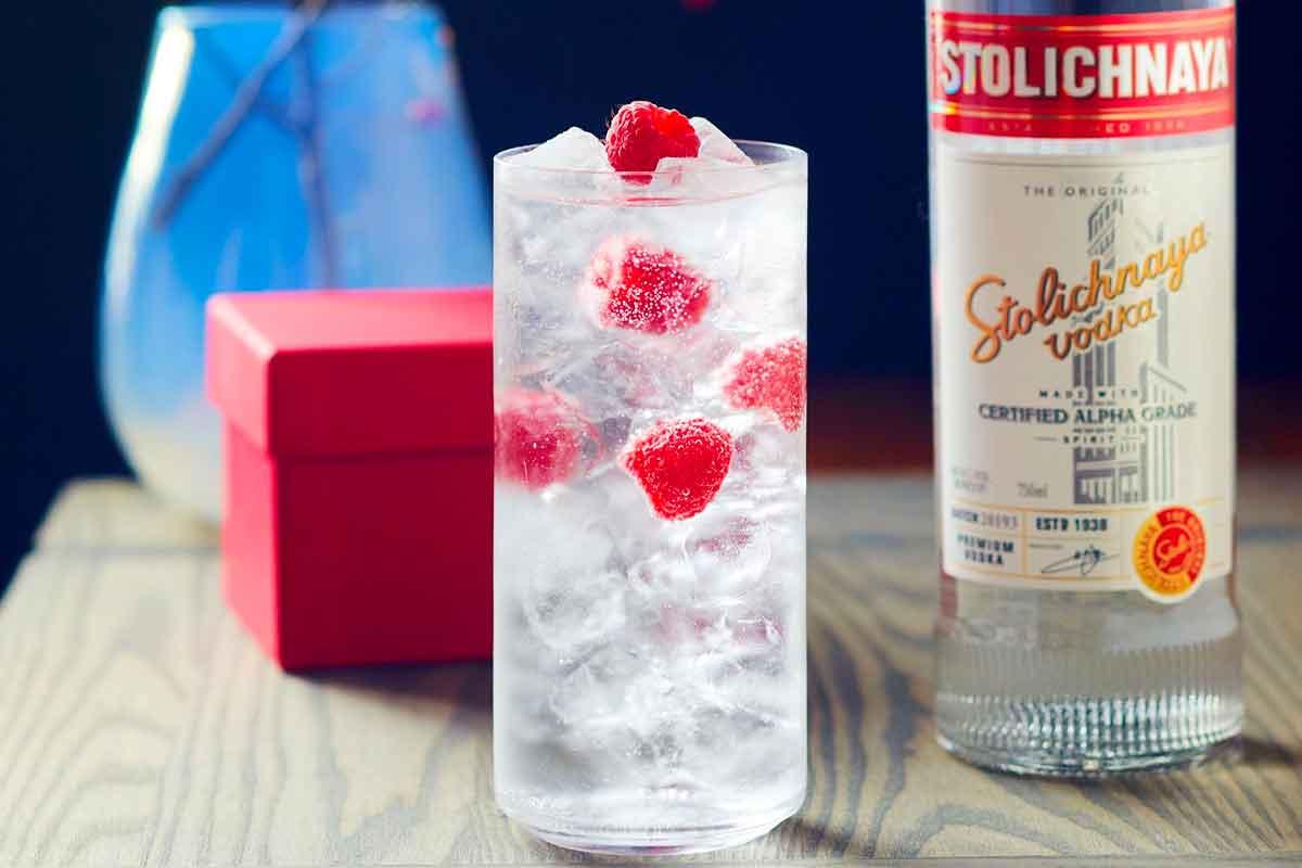 mixed grain vodka: Stolichnaya
