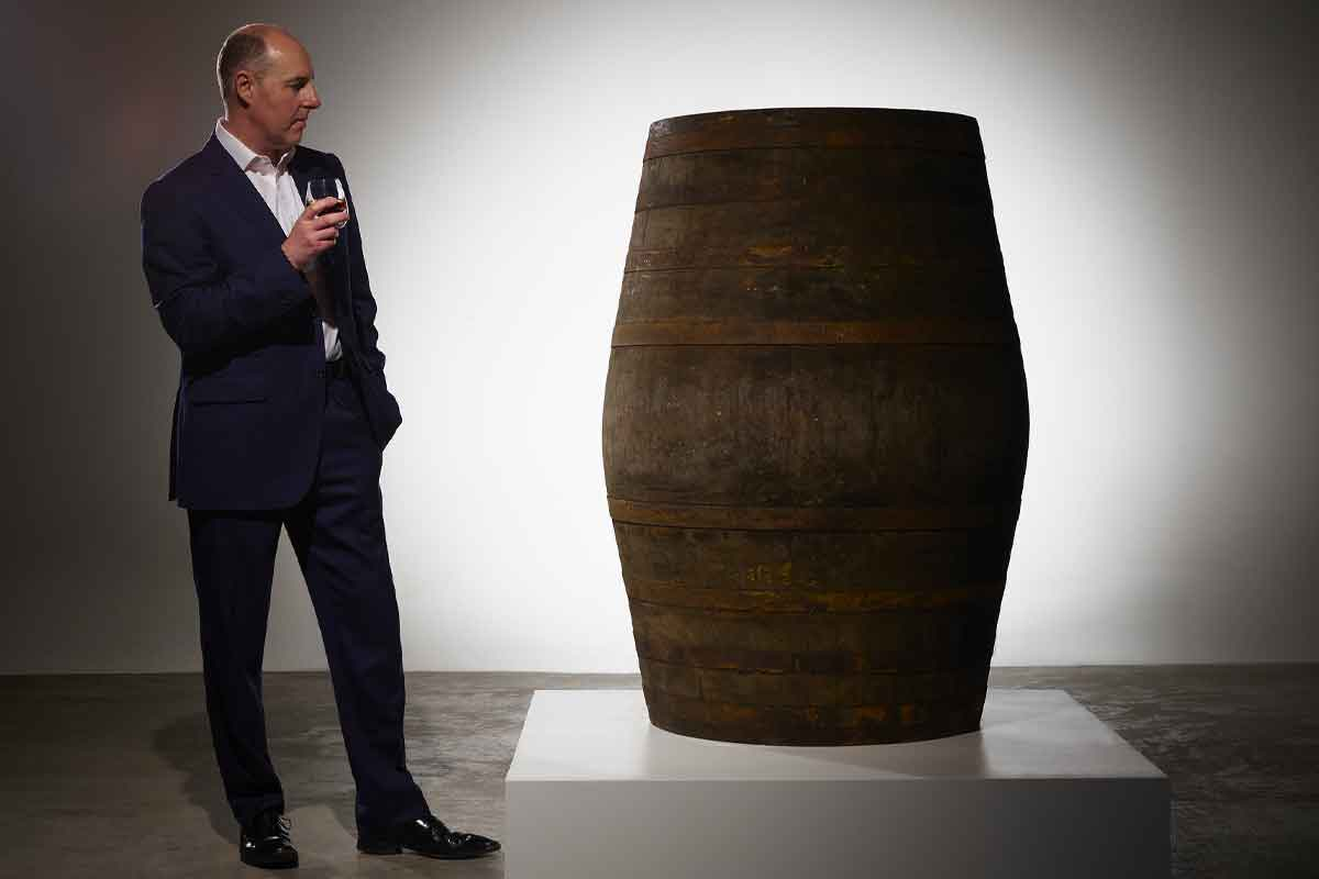 Dickel Bourbon: Director of Prestige at Gordon & MacPhail Whiskies Stephen Rankin and the 80-year cask