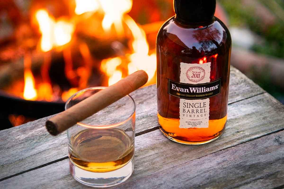 Heaven Hill Bourbon: Evan Williams Single Barrel Bourbon