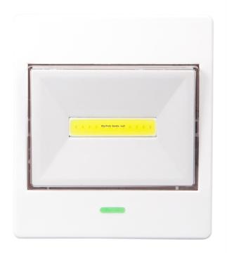 Picture of Lifegear 180 Lumen Tap Light