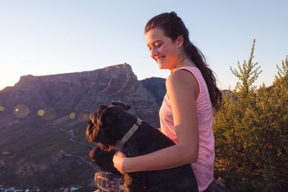 hiking-with-dog-safety-tips