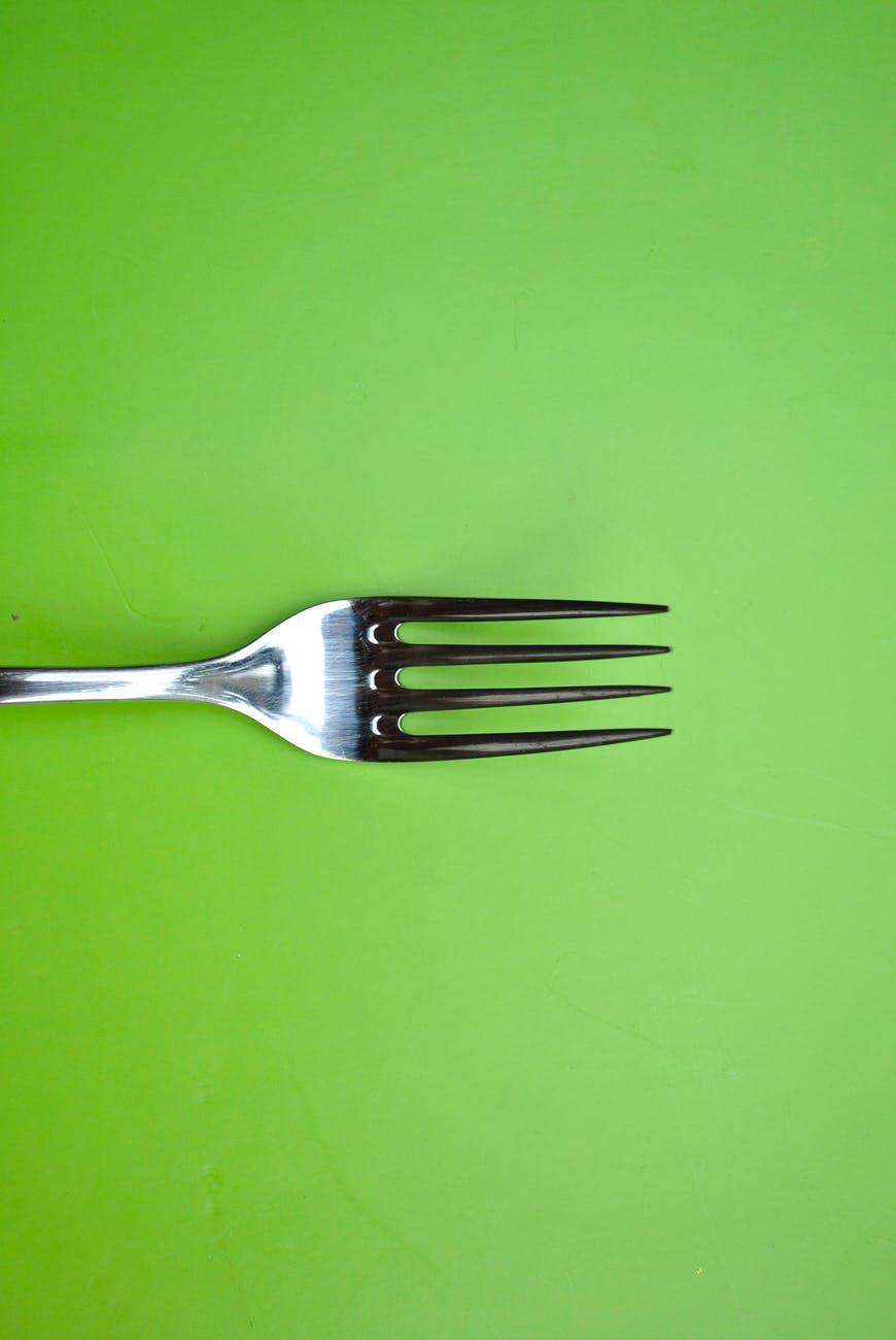 fork green background