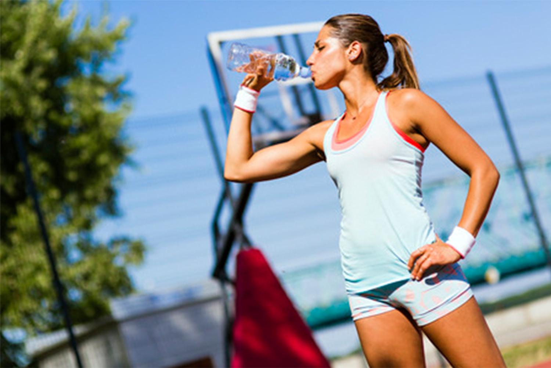 喝水維持運動力
