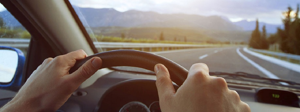 Top 20 Safe Driving Tips - driver-start.com