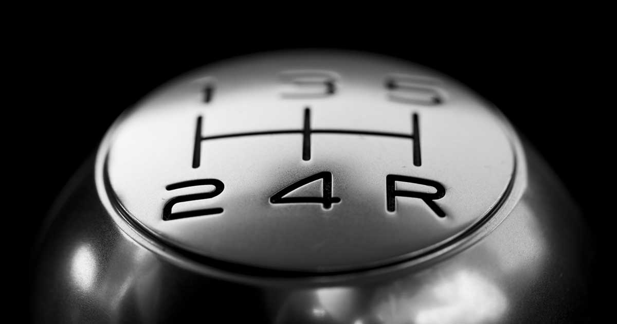 Step-by-Step Guide on Driving Stick Shifts - driver-start.com