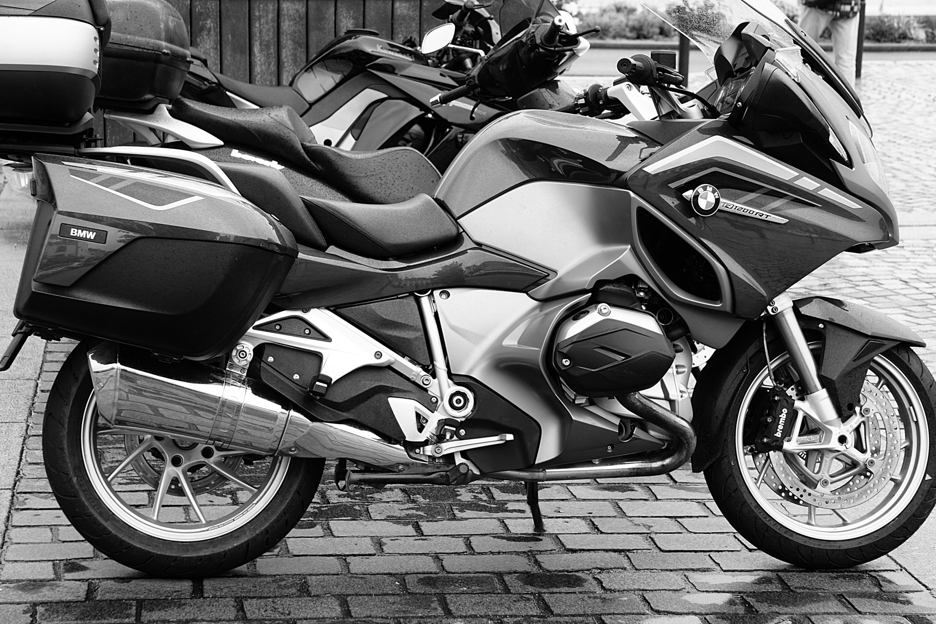 Best Motorbikes for Beginners Who Just Practice Their Motorcycle Permit Test - driver-start.com