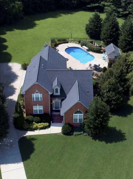 Drone Photo White House TN