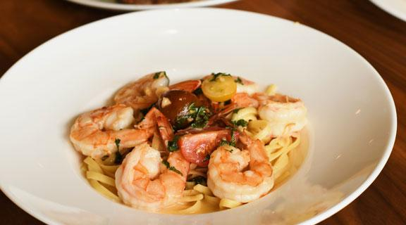 Shrimp Linguine at Seaside Cafe
