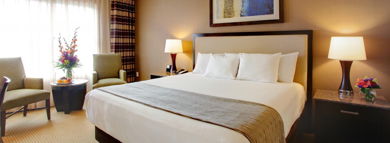 Voted Areau0027s Best Hotel Isle Casino Bettendorf